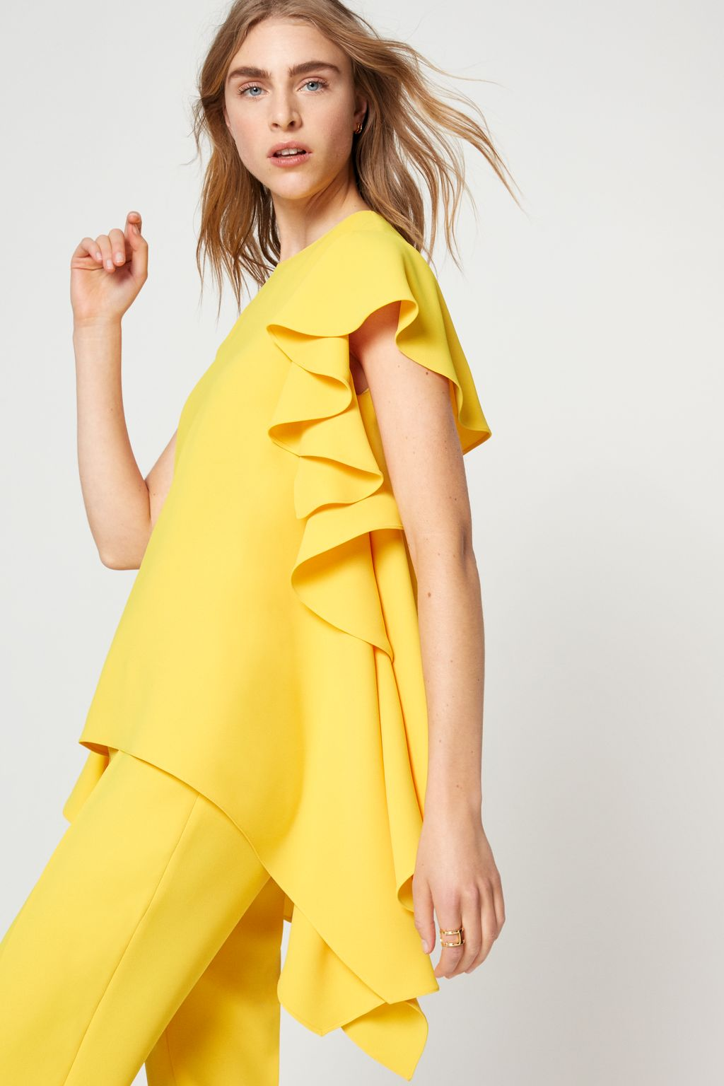 Crepe top with ruffled sides