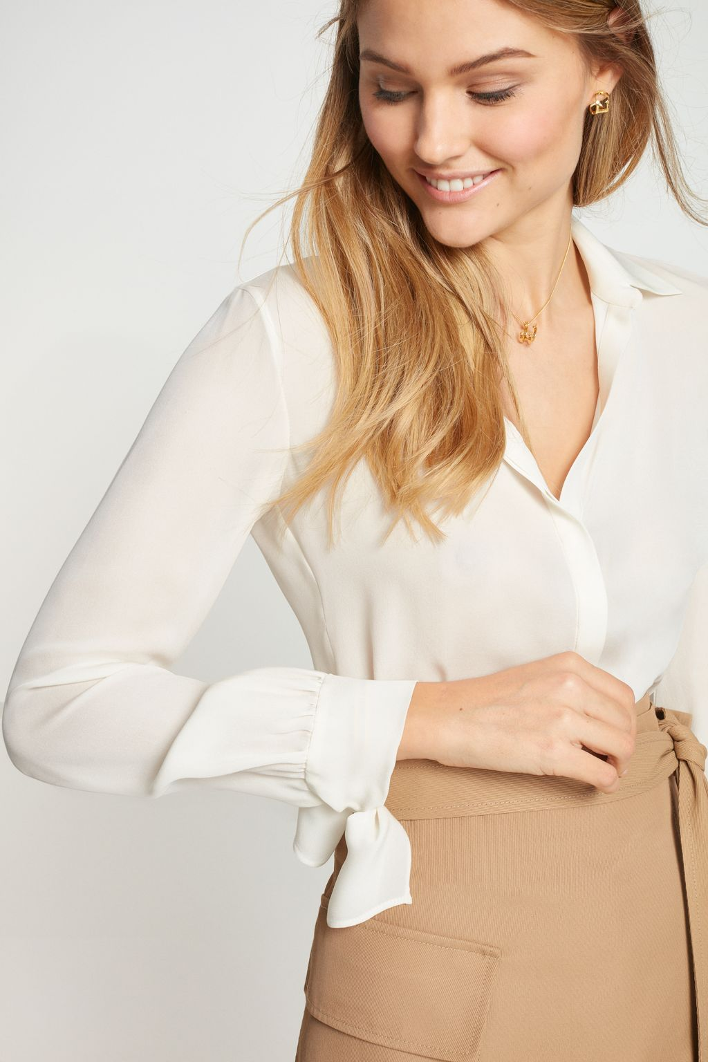 Silk shirt with bows