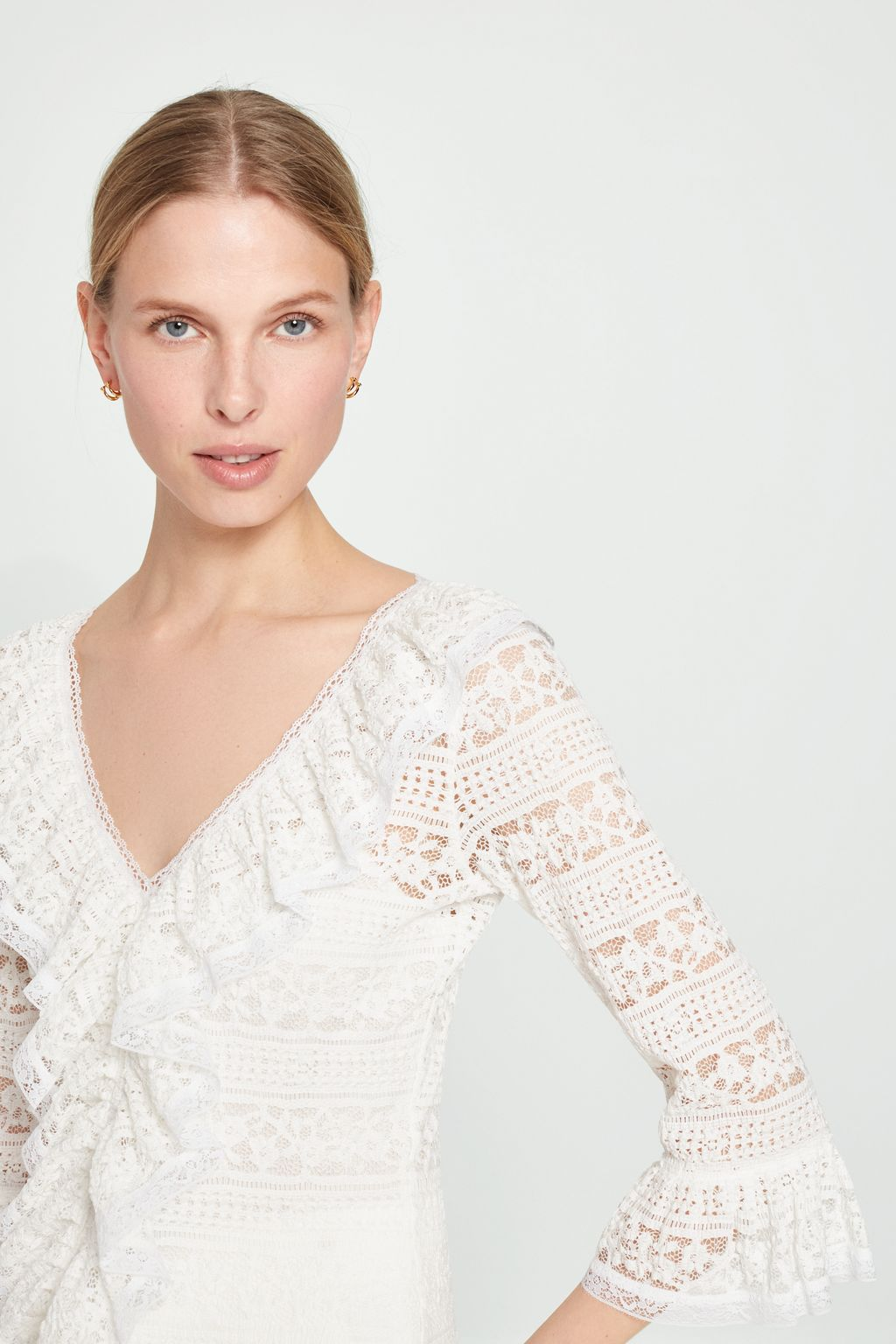 Stretch-lace top with ruffles