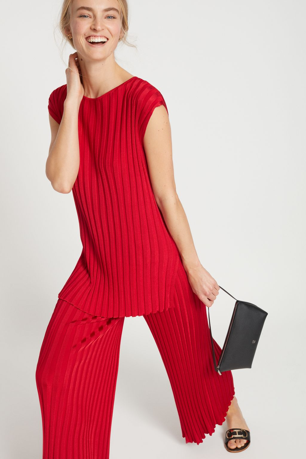 Pleated knit culottes