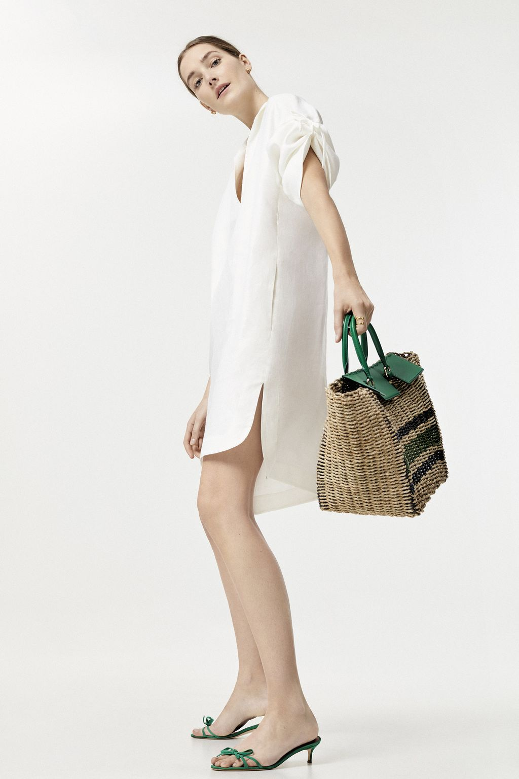 Linen dress with bows