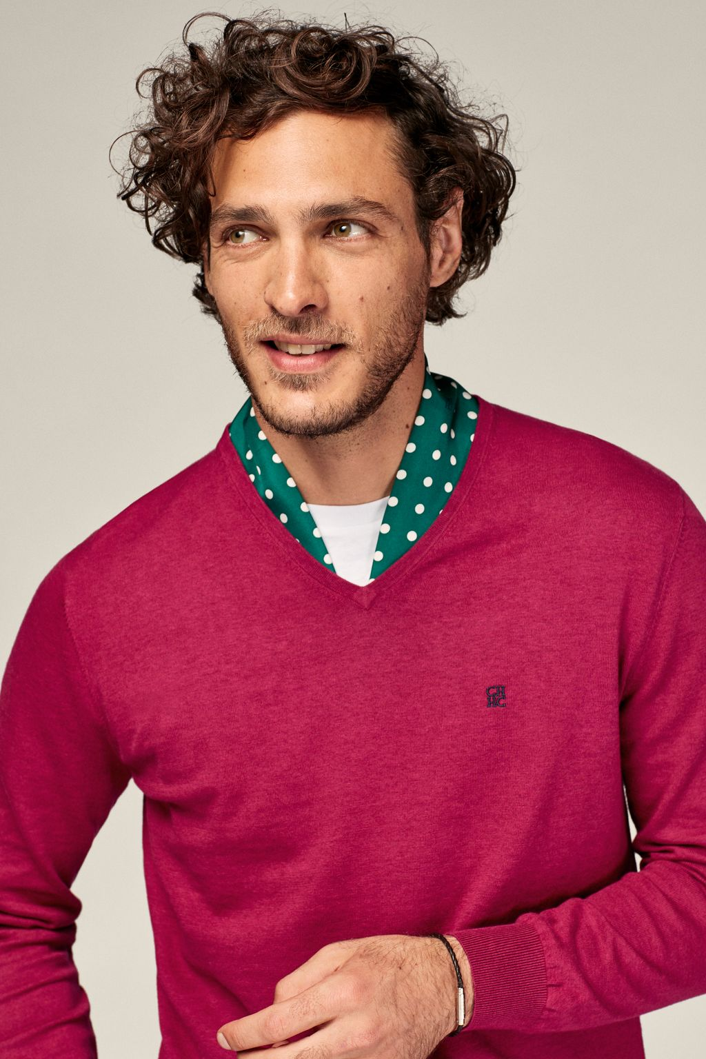 Combed cotton V-neck sweater