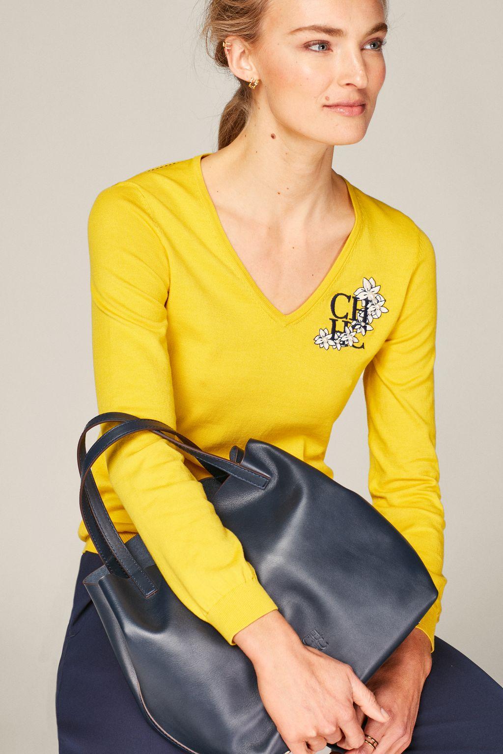 CH Jasmine V-neck sweater