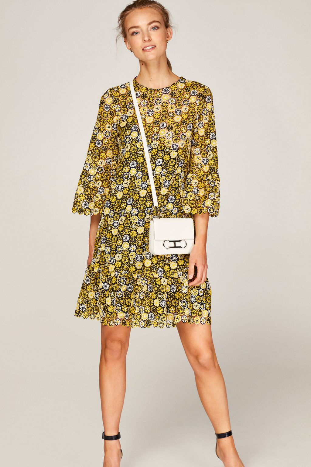 Floral guipure dress with ruffles