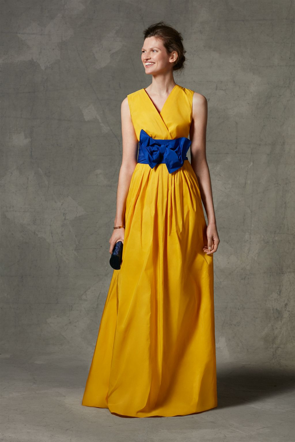 Taffeta dress with bow