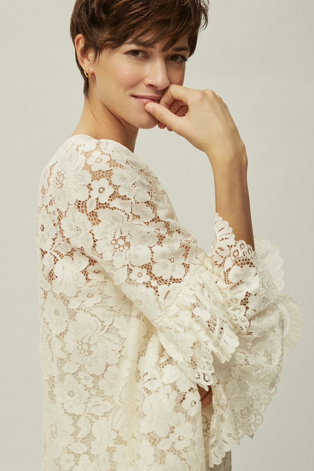 Lace top with ruffled sleeves