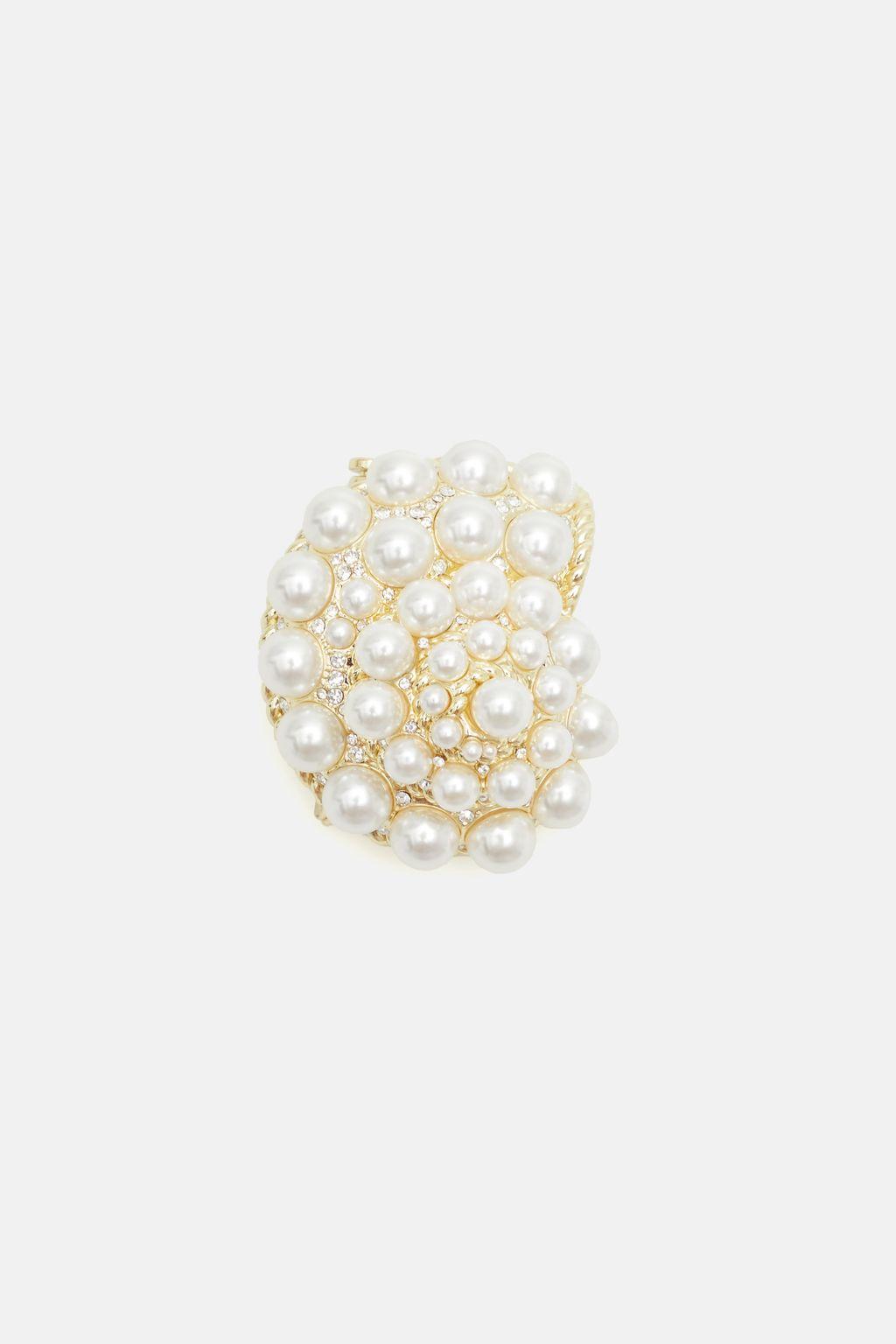 Aurea brooch