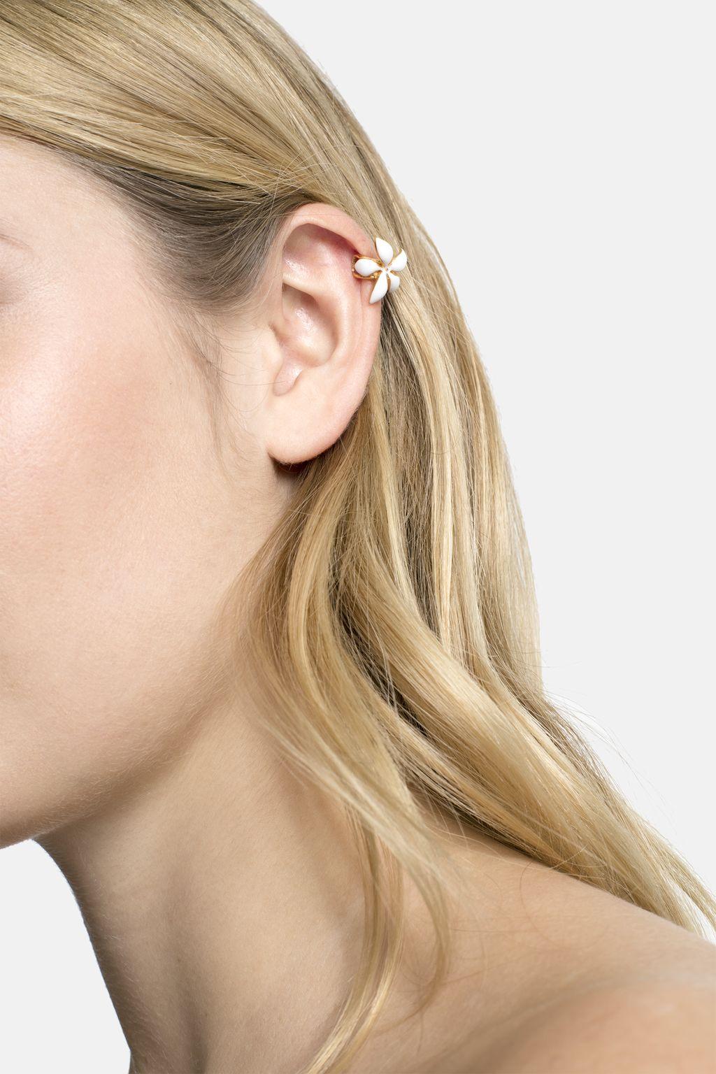 Falling Jasmine single ear cuff