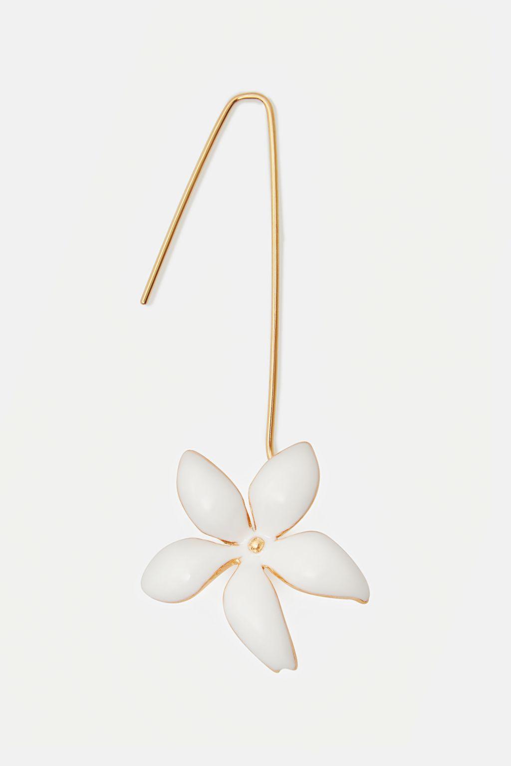 Falling Jasmine single drop earring