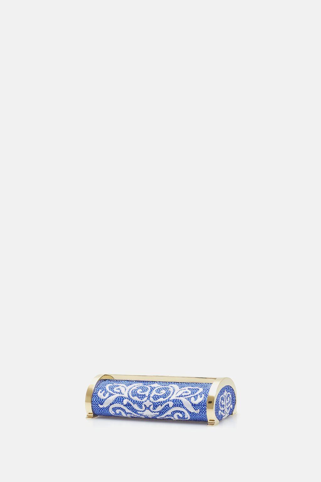 Metropolitan Insignia | Medium clutch