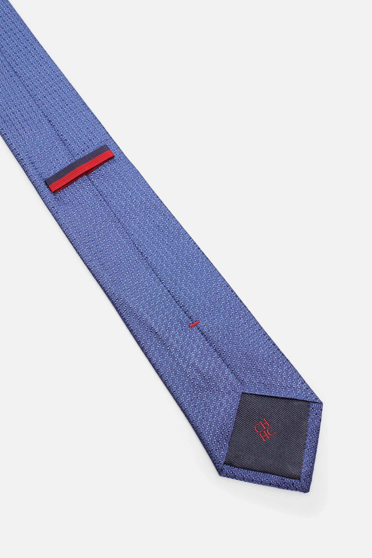 Structured silk tie