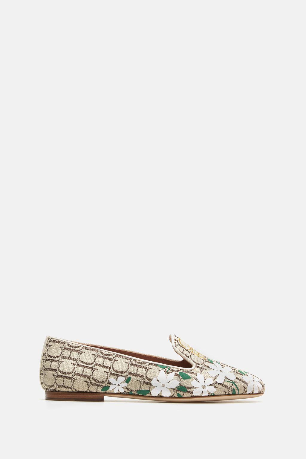 Jasmine Caracas canvas loafers